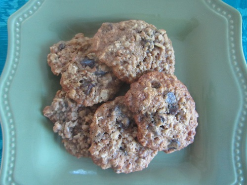 The Holidays and Observances Recipe of the Day for March 18 is the Quaker Oats Vanishing Oatmeal Cookies, in honor of March 18 being  Oatmeal Cookie Day.