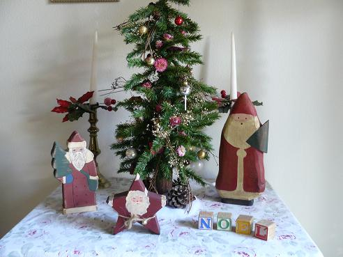 Small Christmas Tree, Candles, Wooden Santas and Noel Blocks